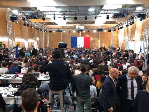 Macron Etang